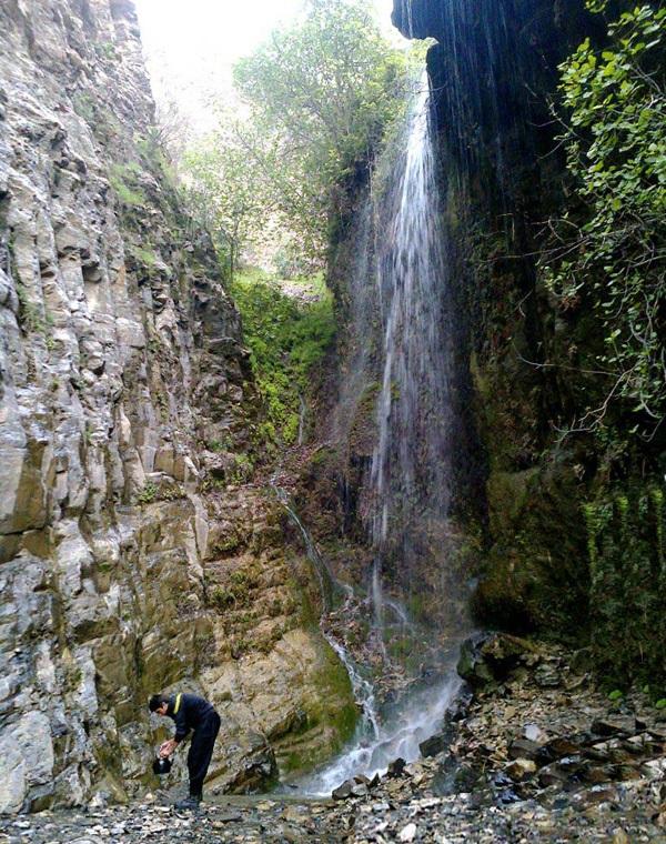 آبشار هفت آسیاب درهشهر
